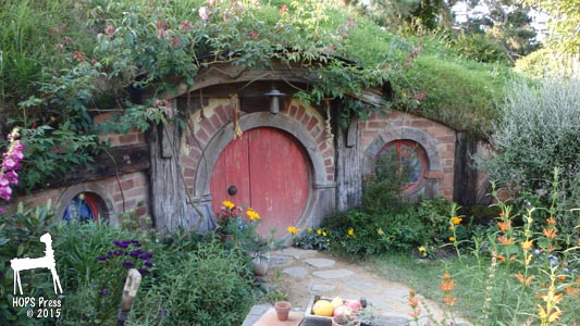 hobbit homes and hobbit architecture building with soul